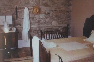 Chantry Island Light Keeper's Cottage - bedroom