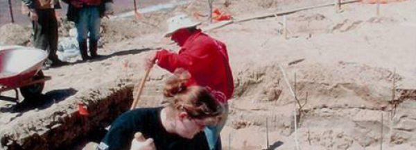 volunteers-2004-dig-2